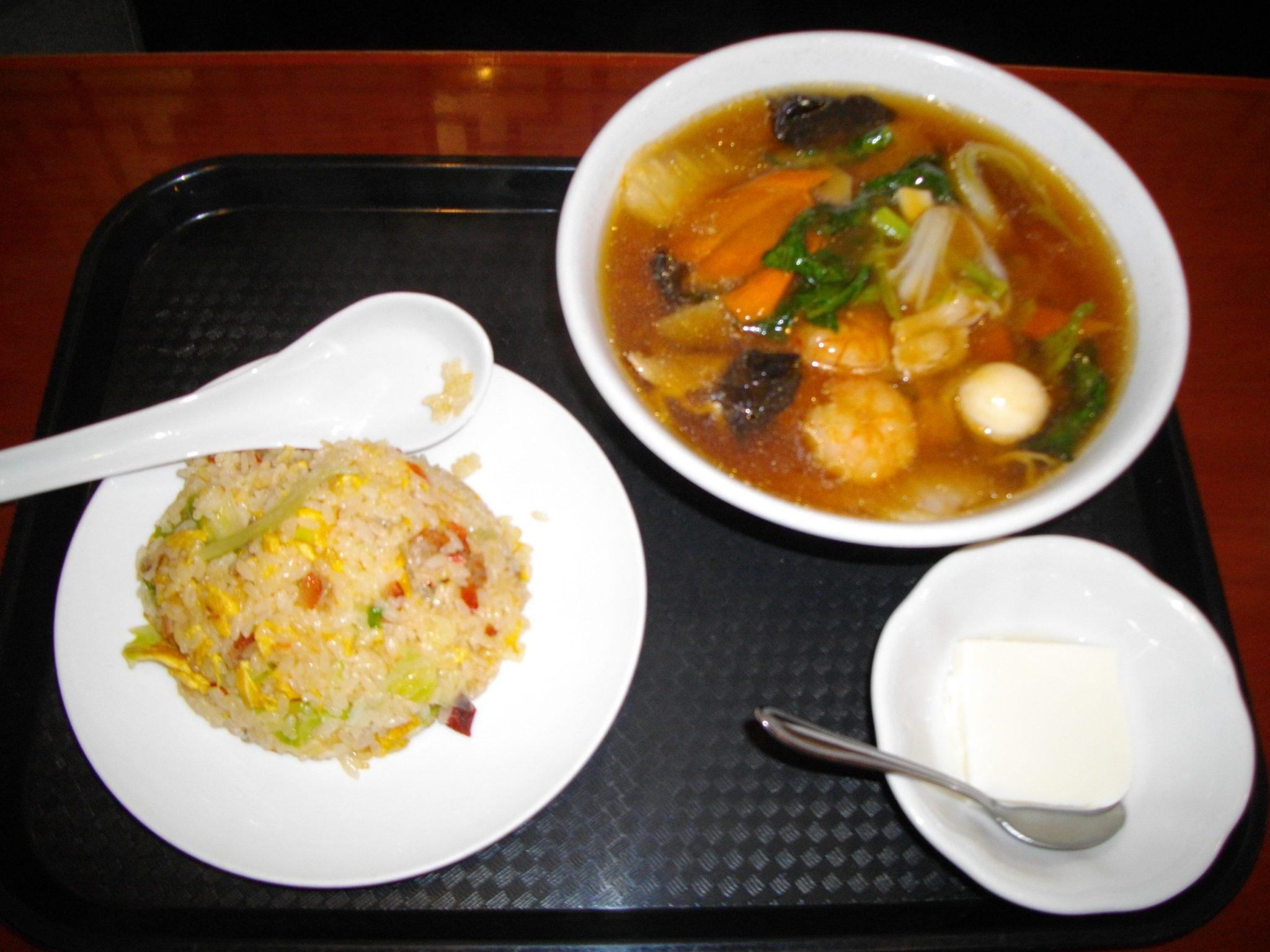 唐庄酒家!五目タン麺が激うま!半チャーハンセットがお得?