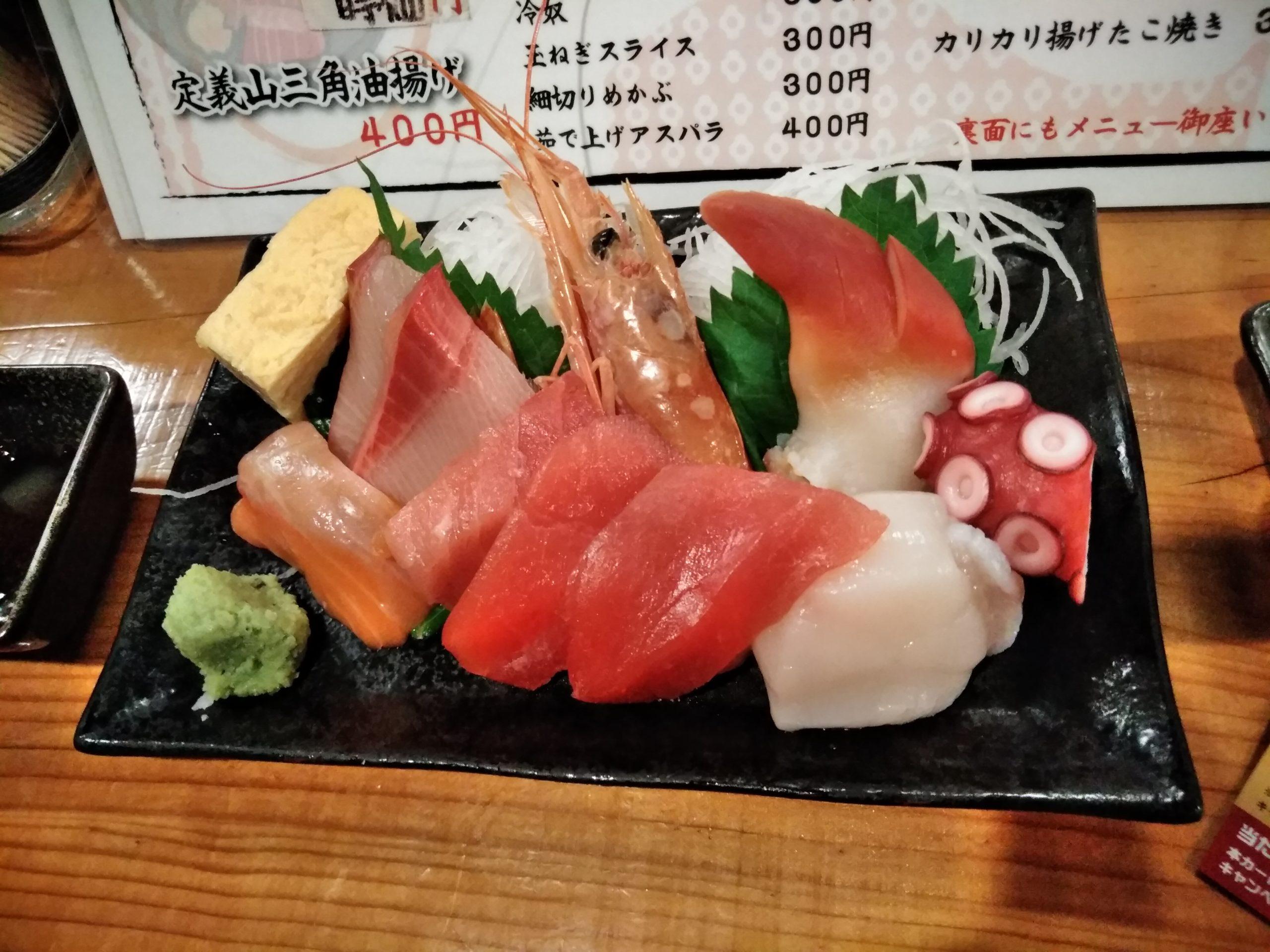 八乙女駅の大衆酒場 八(はち)は、サラリーマンに大人気の居酒屋!