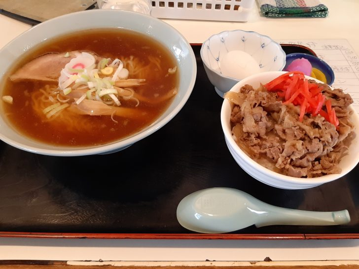 【激旨】仙台市泉区向陽台の隠れた名店の味処『味へい』で一番人気のラーメン定食を食べてみた!