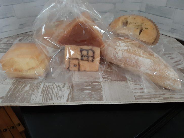 【人気パン店訪問】ハウスメーカーのパルコホームが運営する富谷市のパン店『パン・デ・パルコ  』仙台泉店に行ってみた!